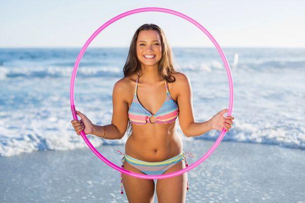 Exercitii cu Hula hoop-ului te ajuta sa scapi de celulita