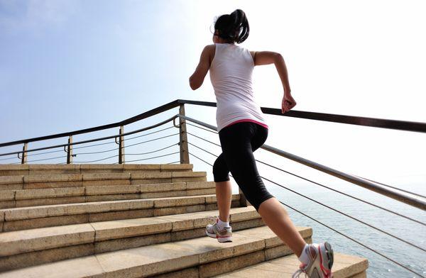 Alergatul este un exercitiu excelent pentru celulita