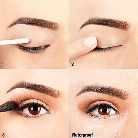 Primer apoi eyeliner