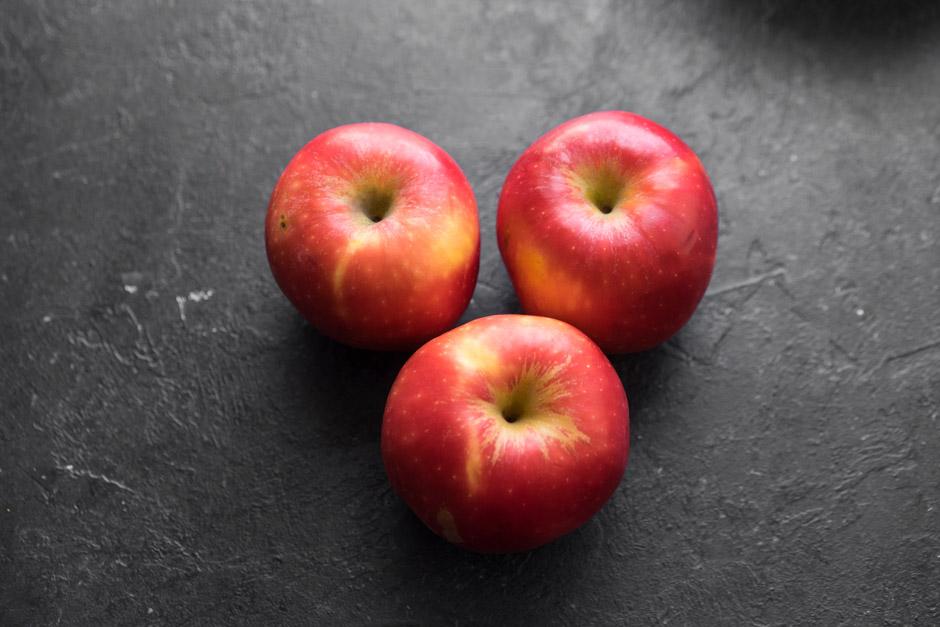 12 Tarte tatin cu mere