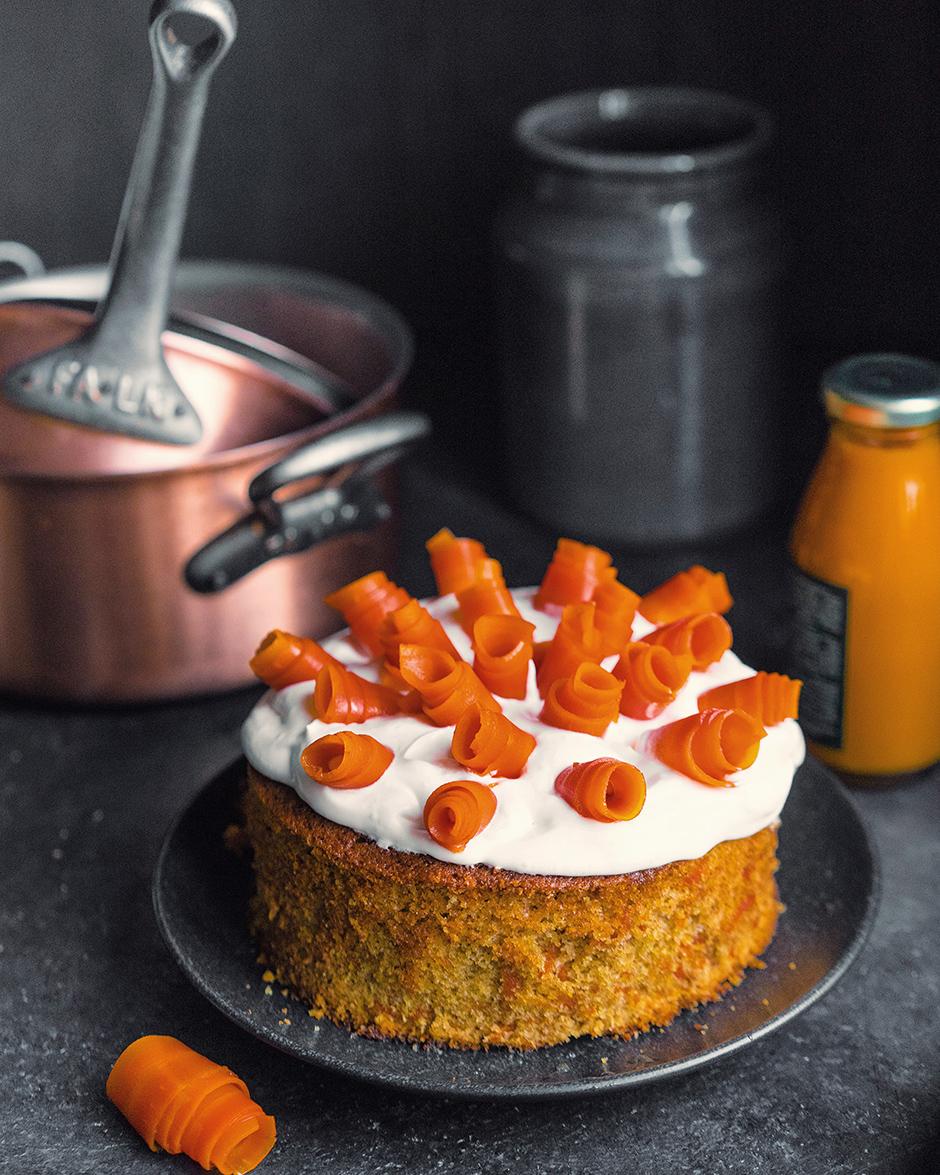 20 Placinta cu morcov si caramela