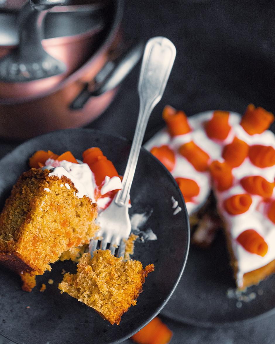 21 Placinta cu morcov si caramela
