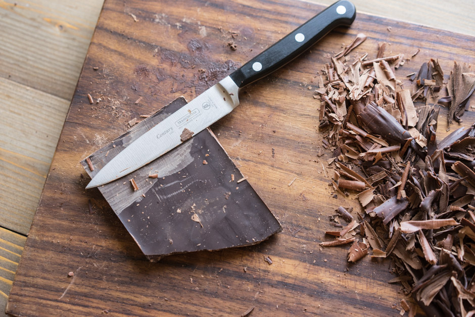22 Tort de ciocolata cu caise si ganas