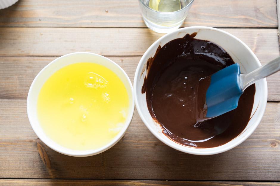 4 Tort cu ciocolata cu caise si ganas