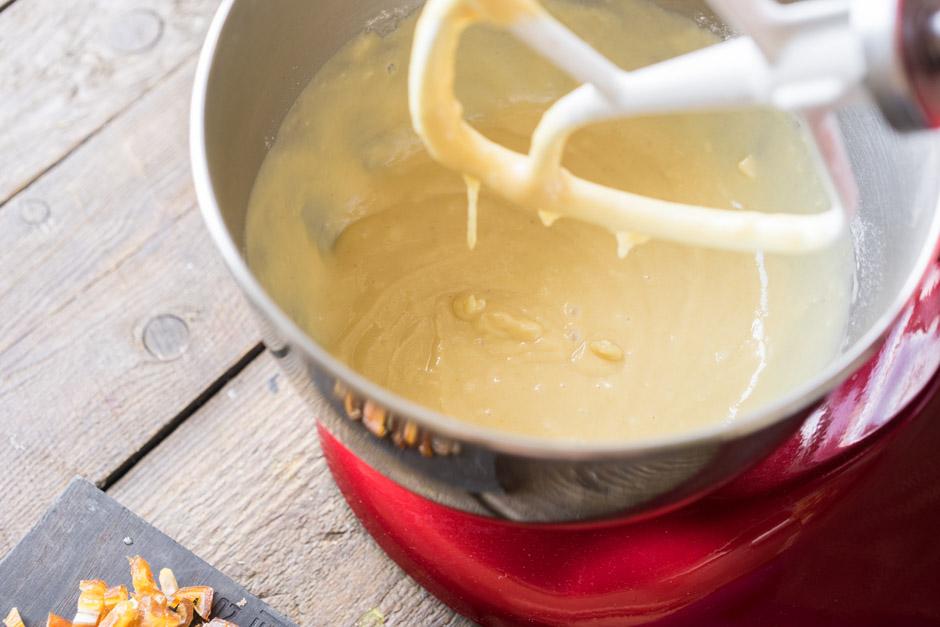 8 Chec cu miere si curmala