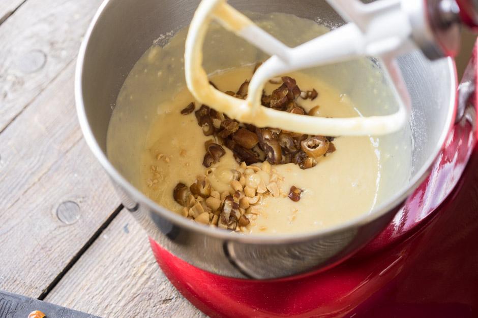 9 Chec cu miere si curmala