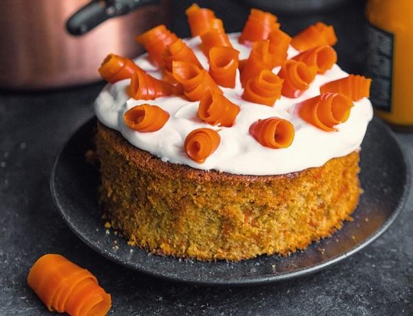 Placinta cu morcov si caramel