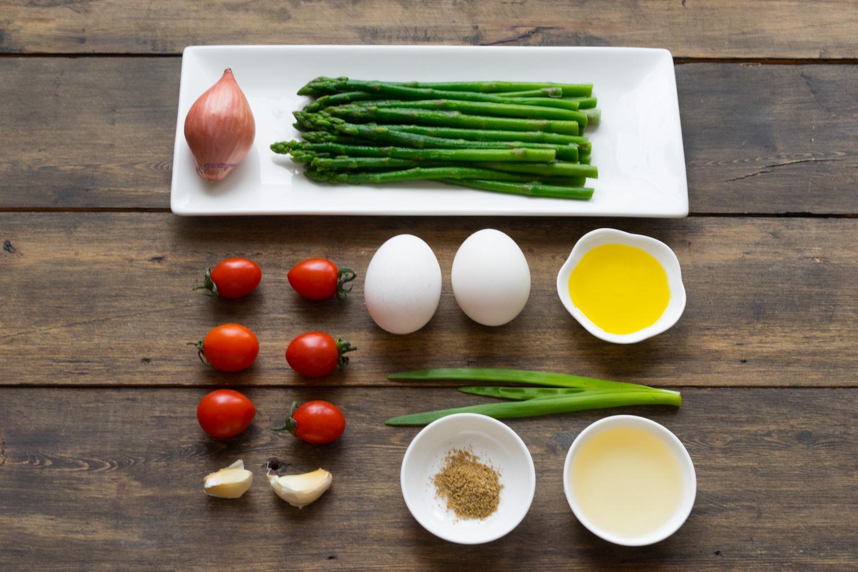 1 Salată Caldă cu Sparanghel