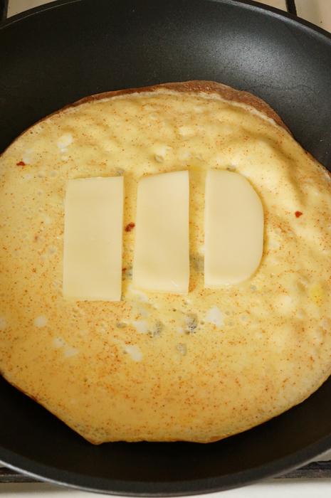 10 Sandwich cu Omletă