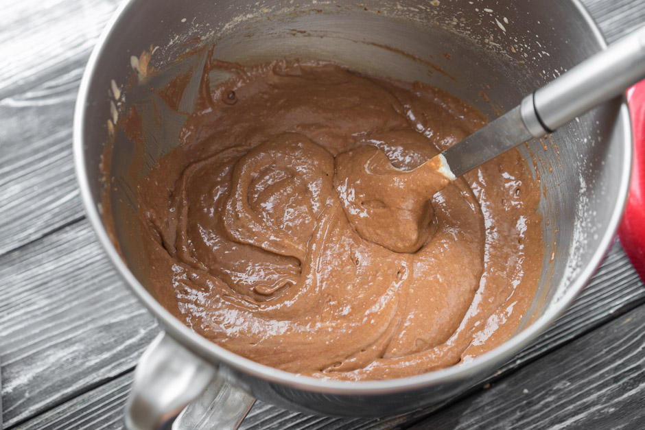 13 Chec de ciocolată cu nuci și zmeură
