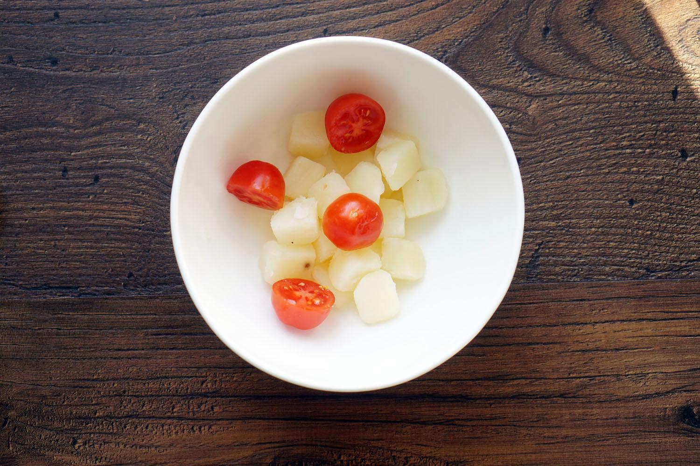 16 Salată cu Ton
