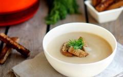 Supă cremă de ciuperci cu smântână dulce