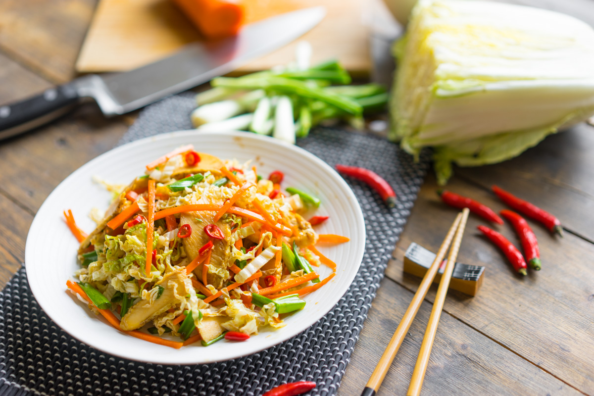 10 Salată asiatică cu pui