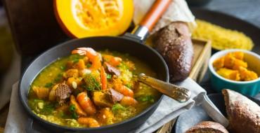 Supa de dovleac cu bulion si cereale