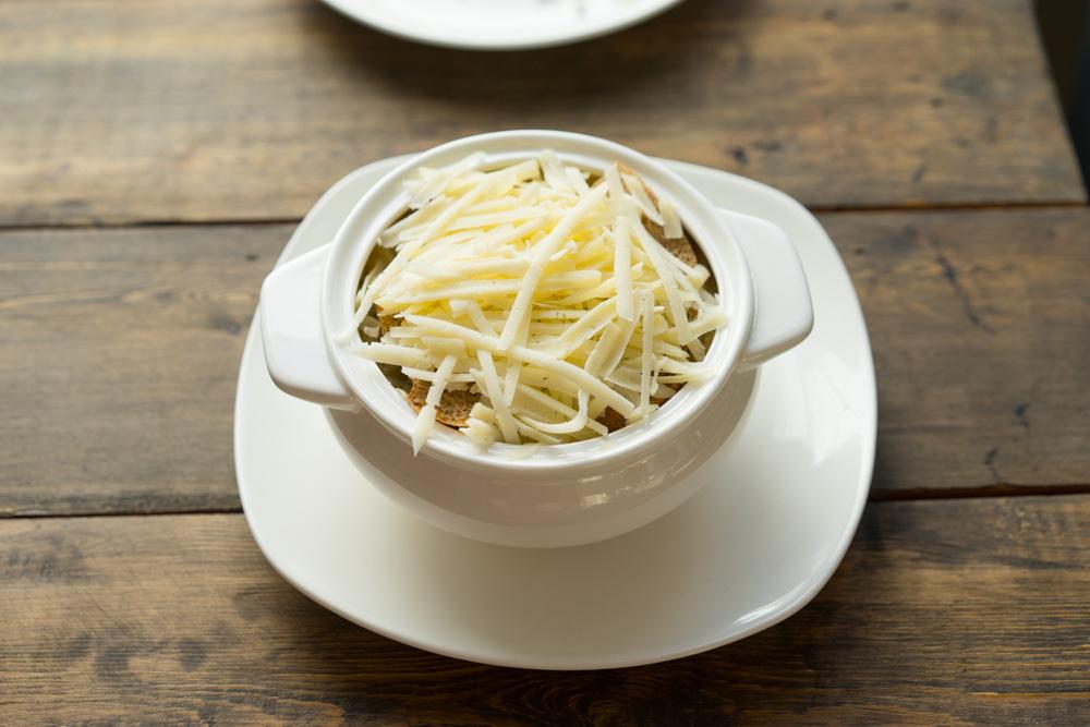 13 Supa de ceapa frantuzeasca