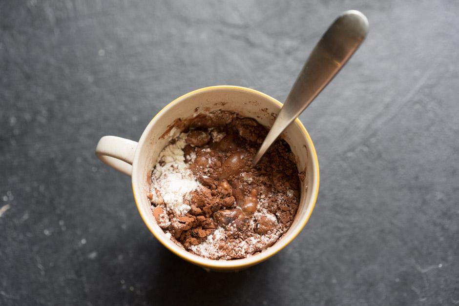 7 Chec de ciocolata in cana