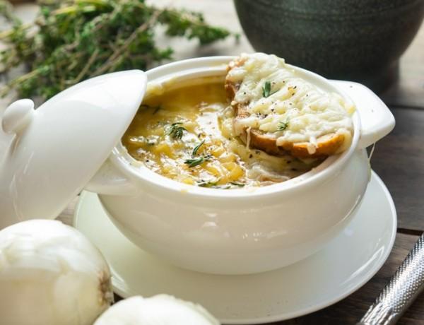 Supa de ceapa frantuzeasca