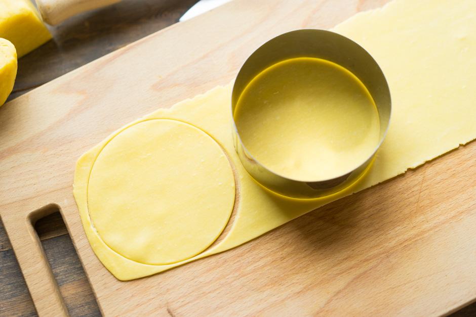 14 Tortellini cu ciuperci si branza