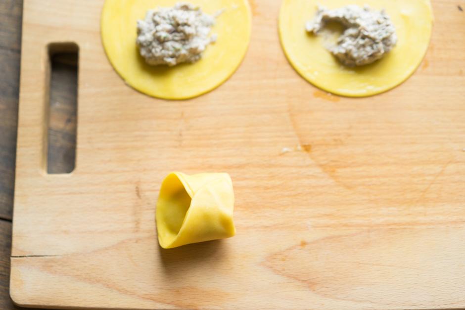 17 Tortellini cu ciuperci si branza