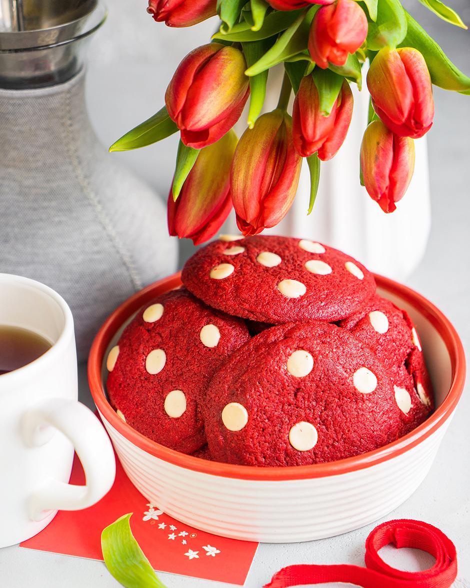 10 Biscuiti Red Velvet