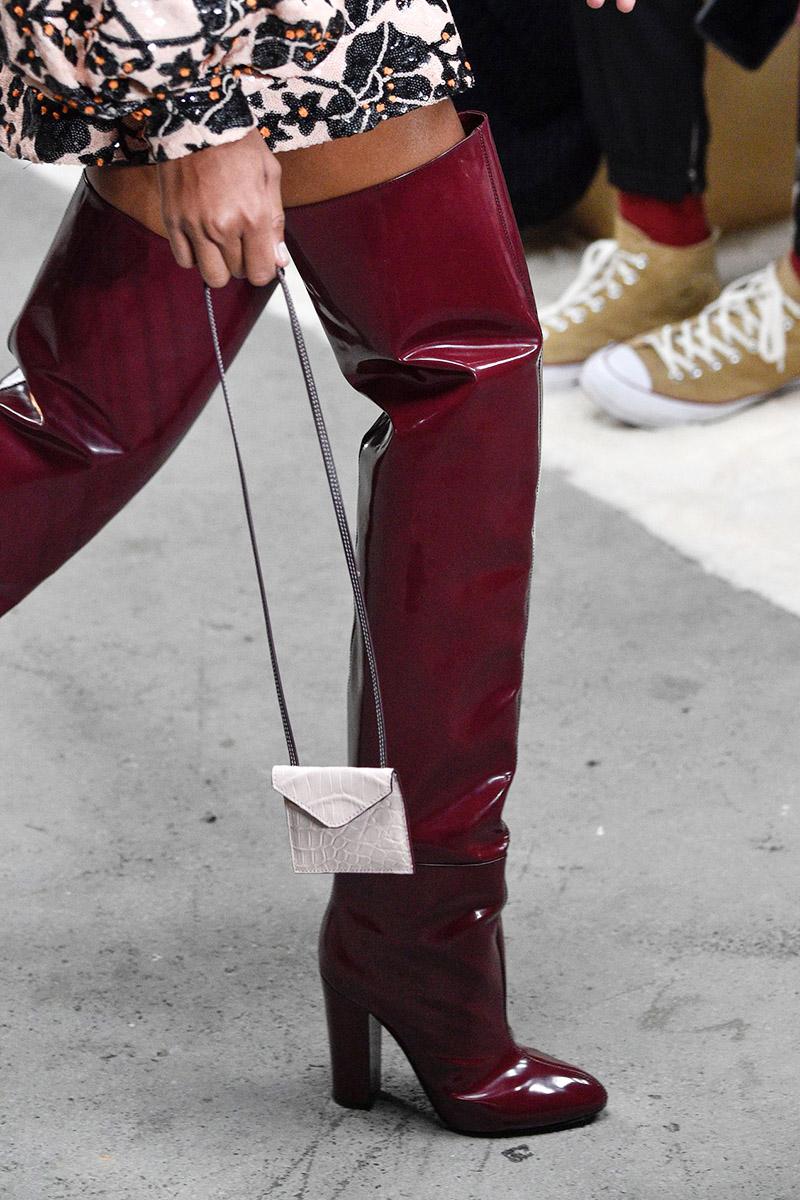 Cizme peste genunchi la moda in 2019