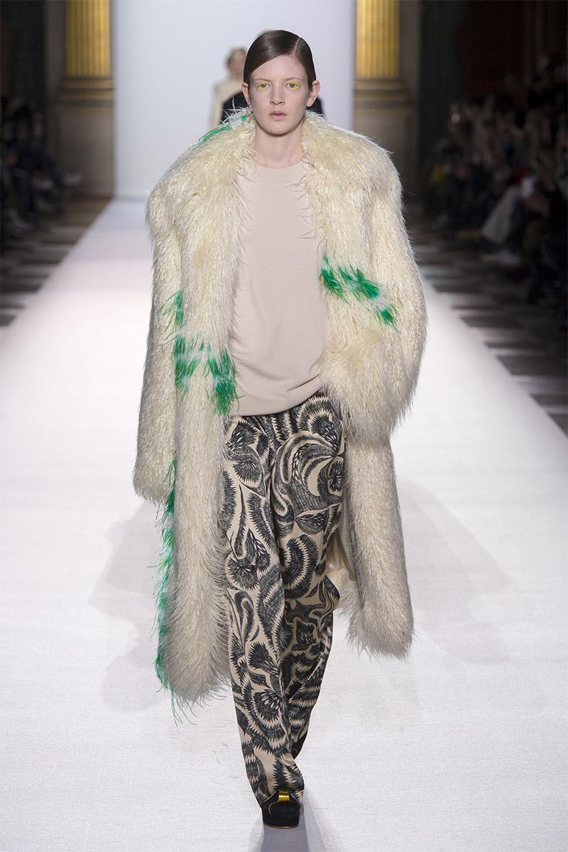 Moda femei iarna 2019 blana artificiala