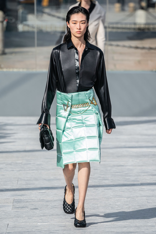 Haine matlasate la moda iarna 2020