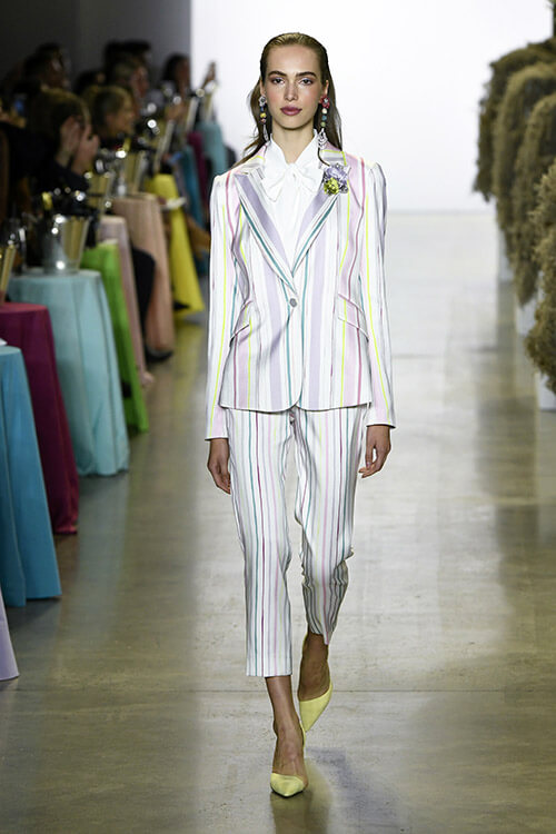 Costum cu pantaloni dama 2019 dungi mici