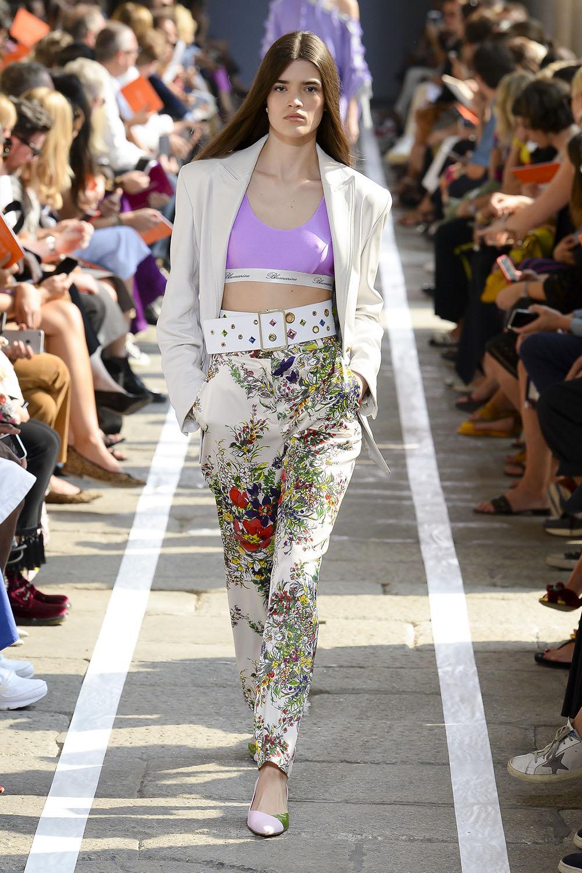 Pantaloni dama cu imprimeu floral 2019